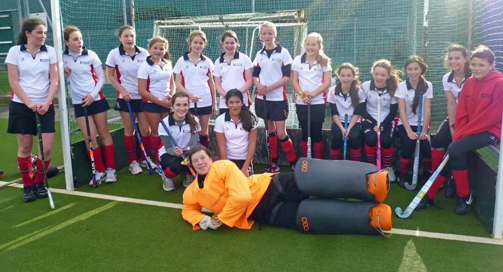 U14-Girls-Swifts-Nov2013-720x389